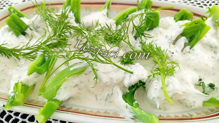 Yoğurtlu Brokoli Salatası Tarifi