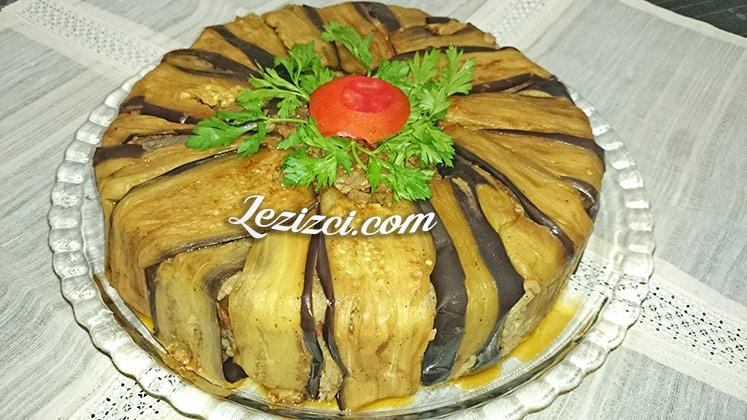 Patlıcan Kafesinde Etli Pilav Tarifi