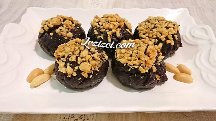 Yer Fıstıklı Kakaolu Islak Kurabiye