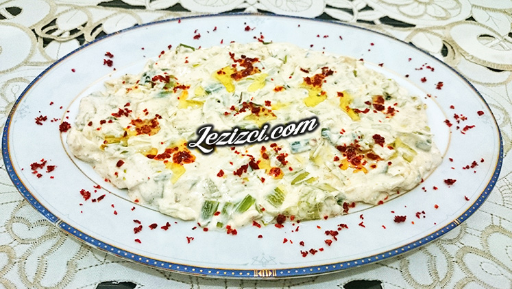 Yoğurtlu Pırasa Salatası Tarifi