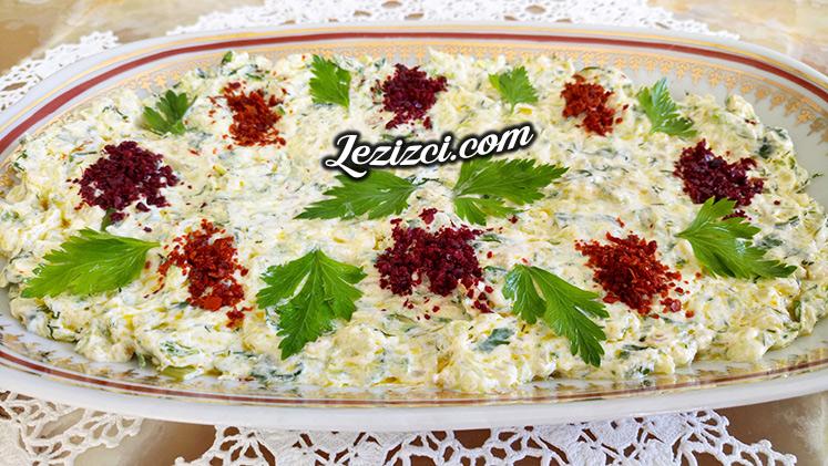 Bulgurlu Ve Yoğurtlu Kabak Salatası