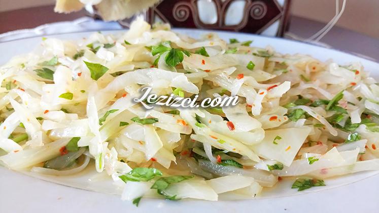 Beyaz Lahana Turşusundan Salata Nasıl Yapılır?