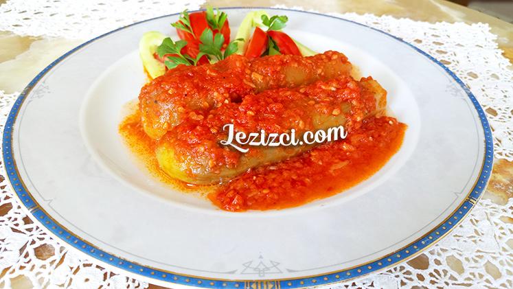 domates soslu zeytinyağlı patlıcan paçası tarifi