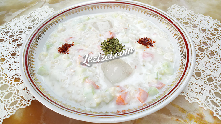Yoğurtlu Bulgur Salatası Tarifi
