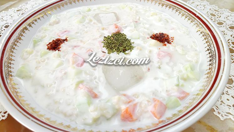 Yoğurtlu Buzlu Bulgur Salatası Tarifi