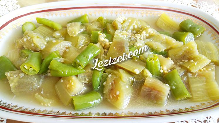 Patlıcan Közlemeden Kolay Ekşili Patlıcan Salatası Tarifi