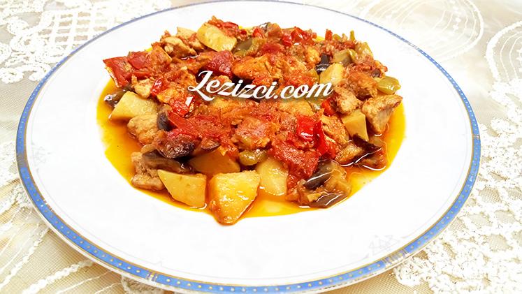 Fırında Hindili Ve Patatesli Patlıcan Oturtma