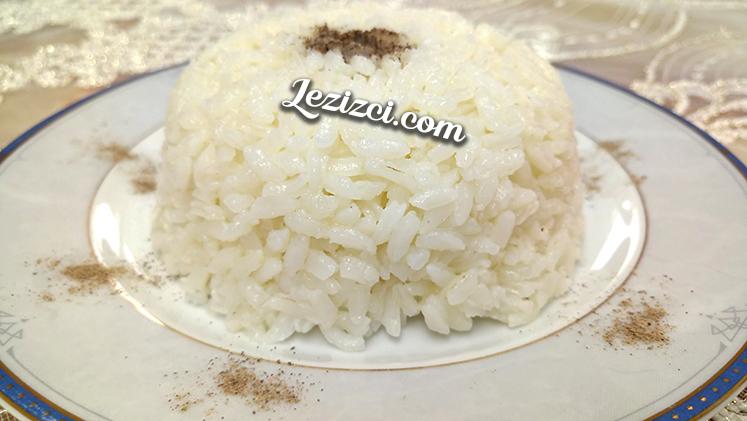 Tane Tane Dağılan Pirinç Pilavı Nasıl Yapılır?