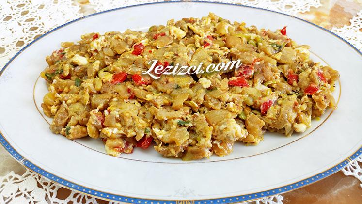 Kahvaltılık yumurtalı patlıcan