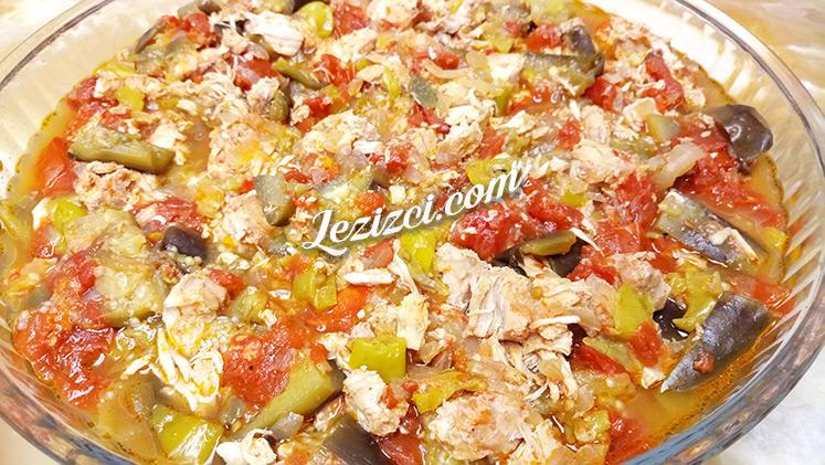 Güveçte Tavuklu Patlıcan Yemeği Tarifi