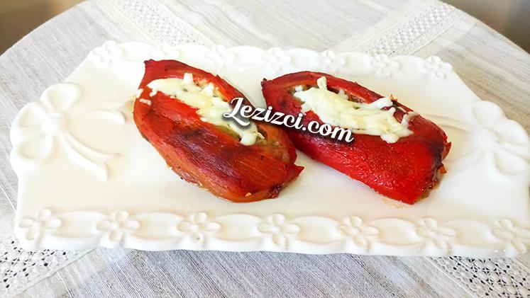 Kırmızı Biber Yatağında Köz Patlıcan