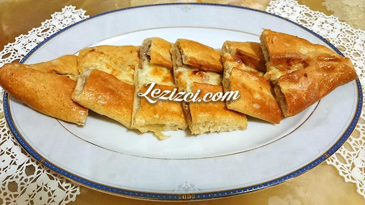 Kıymalı Peynirli Konya Pidesi Nasıl Yapılır?